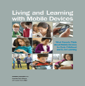 Living and Learning with Mobile Devices.pdf